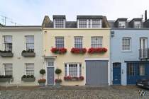 Main Photo of a 3 bedroom  Mews House to rent