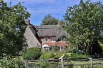 Main Photo of a 4 bedroom  Country House for sale