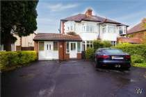 Main Photo of a 5 bedroom  Semi Detached House for sale
