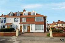 Main Photo of a 7 bedroom  Semi Detached House for sale