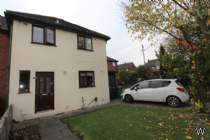 Main Photo of a 4 bedroom Ground Flat to rent