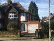 Main Photo of a 3 bedroom  Semi Detached House to rent