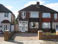 Main Photo of a 3 bedroom Property to rent