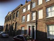 Main Photo of a 3 bedroom  Town House for sale