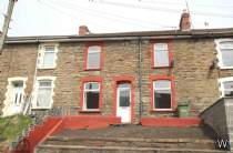 Main Photo of a 3 bedroom  Ground Maisonette for sale